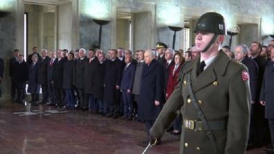 devlet bahceli - Bahçeli, MYK ve MDK üyeleri ile Anıtkabir'de