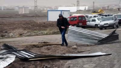 Doğu Anadolu'da şiddetli rüzgar ve fırtına - KARS