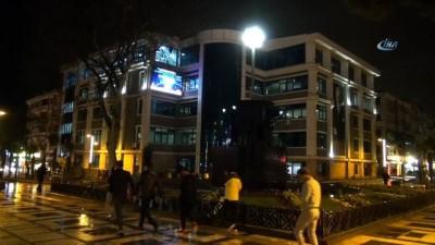 Dünya saati etkinliğine Avcılar Belediyesi'nden destek