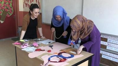 Köy okulunda 'keçeden modeller'le eğitim - AFYONKARAHİSAR