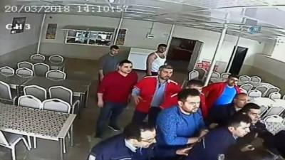 Okul müdürünün gözaltına alındığı anlar kamerada