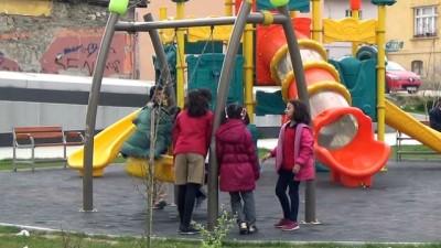 Isparta'daki vatandaşlardan parklarda güvenlik kamerası kampanyasına destek
