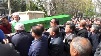 Karamanlı şehit polisin babası 9 ay sonra hayatını kaybetti