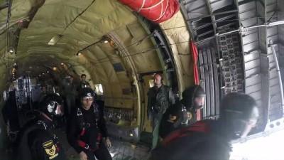 Paraşütçü komandolar hünerlerini sergiledi (2) - KAYSERİ