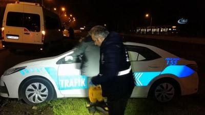 Samsun'da maket trafik polis araçlarının tepe lambalarını çaldılar