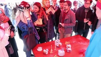 SDÜ'lü yabancı öğrenciler kendi kültürlerini tanıttı - ISPARTA