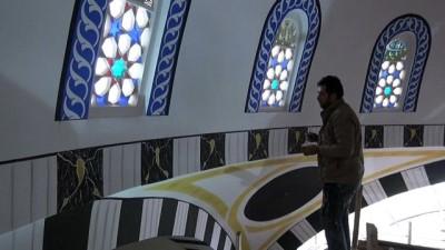 Topakkaya beldesindeki dev cami Ramazanda ibadete açılacak