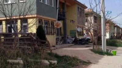 Beraber yaşayan çift silahla vurularak öldürüldü... Anne ve oğlu gözaltına alındı