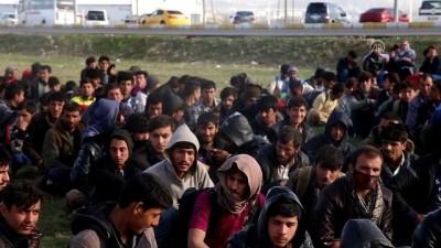 sehirlerarasi otobus - Erzurum'da 194 kaçak göçmen yakalandı
