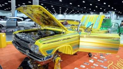 - ABD'de Klasik Otomobil Fuarı Açıldı