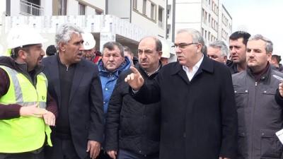 TOKİ Başkanı Turan, Manisa'da