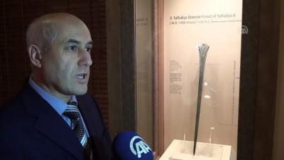 arkeolojik kazi - Film yapımcıları 'Tuthaliya'nın 3 bin yıllık kılıcının peşinde - ÇORUM