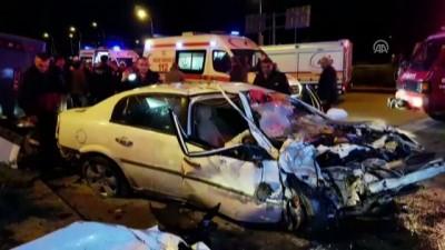 Otomobille özel halk otobüsü çarpıştı: 3 yaralı - NİĞDE