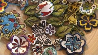 Çini sanatçısı toprağı modern tasarımlarla buluşturuyor