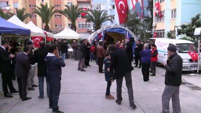 Başbakan Yıldırım'dan şehit ailesine taziye ziyareti - İZMİR