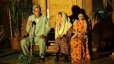 Mehmetçiğin şehadetini anlatan tiyatro oyunu duygulandırdı