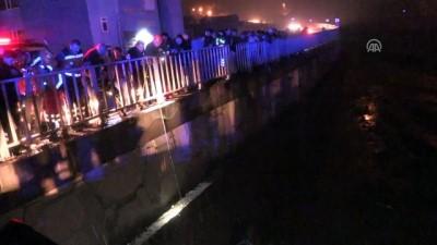 Otomobil köprüden dereye düştü: 1 ölü - ZONGULDAK