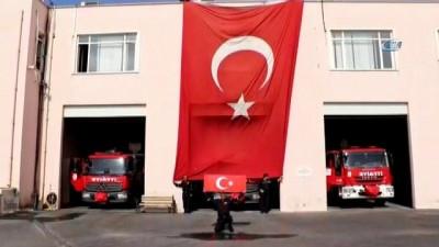 İtfaiyecilerden Mehmetçik'e destek