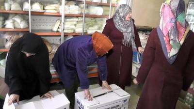 Oltulu kadınlar Mehmetçik için kete ve börek yaptı
