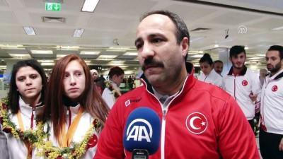 Özel sporcular Türkiye'ye döndü - İSTANBUL