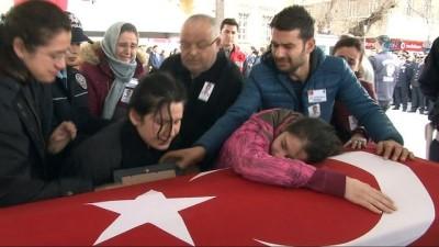 GBT sorgulamasında şehit olan polisin töreninde gözyaşları sel oldu