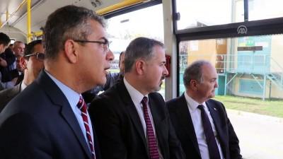 Bakan Özlü, elektirkli otobüs ile test sürüşü yaptı - ADANA