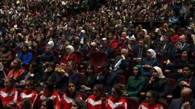 Cumhurbaşkanı Erdoğan: 'Benim gözümde kadınlar insanlığın öğretmenidir'