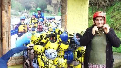 Köylü kadınların rafting heyecanı - DÜZCE