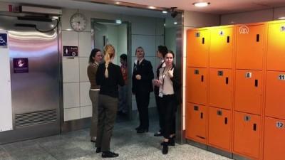 Otelde doğan bebeğe havalimanı personeli sahip çıktı - İSTANBUL