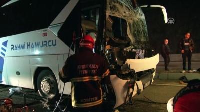Otobüs ile tır çarpıştı: 1 ölü, 1 yaralı - KIRIKKALE