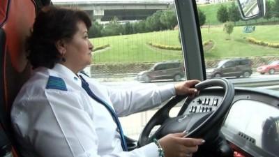 Yolların Nazan Kaptanı 25 yıldır şehirlerarası yolcu taşıyor