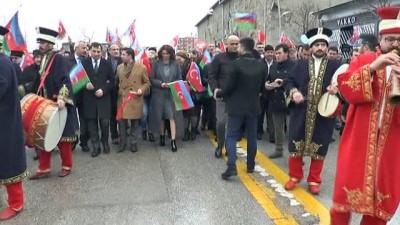 Erzurum kurtuluşunun, Azerbaycan kuruluşunun 100'ncü yıldönümü birlikte kutladı