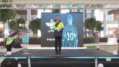 Fikret Orman, FutbolİGA Turnuvası'nın kura çekimine katıldı - İSTANBUL