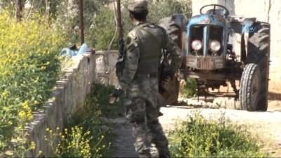 - Afrin'de Bombalı Tuzaklara Meti Timi Göz Açtırmıyor - Sivil Vatandaşların Evlerine Konulan Tuzaklar, Bomba Arama Köpeği 'kaplan' Tarafından Bulunuyor