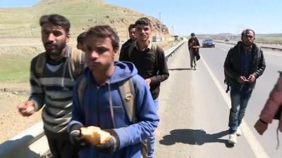 Afgan mültecilerin Türkiye'ye göçünde İran'ın rolü - AĞRI