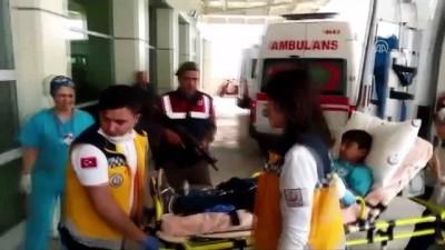 20 öğrenci hastaneye kaldırıldı - MANİSA