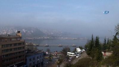 Yoğun sis etkili oldu, görüş mesafesi 20 metreye kadar düştü
