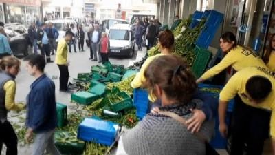 Edirne'de, pazarcı esnafı süpermarketi bastı