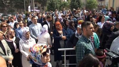 """Başbakan Yardımcısı Çavuşoğlu: """"SSK'yı batıran adam bugün sağlık sistemiyle ilgili laf ediyor"""""""
