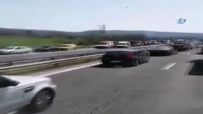 - Bulgaristan'da Otobüs Kazası: 10 Ölü