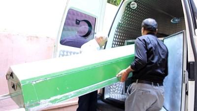 saglik ekibi -  Niğde'deki katliamda ölenlerin cenazeleri yakınlarına teslim edildi
