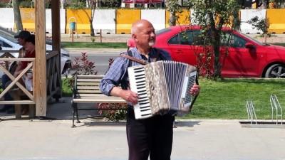 Dedesinin armağanı akordeon sermayesi oldu - TEKİRDAĞ