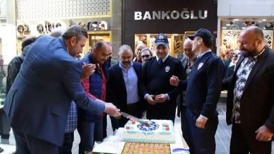Hırsızlık ihbarına gelen polislere pasta sürprizi - TRABZON