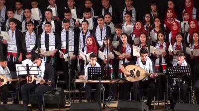 israil - TİKA'dan Filistinli öğrencilere tablet - NABLUS