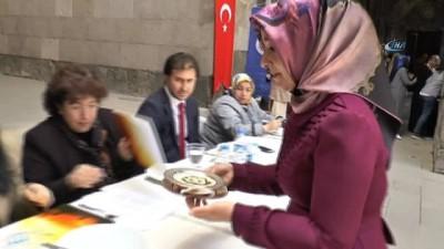 Çifte minareli medresede 'Geleneksel Yemek Yarışması' yapıldı