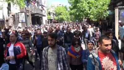 hukumet -  - Ermenistan'daki protestolarda 80 kişi gözaltına alındı