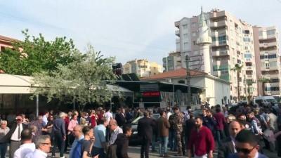 cenaze - Emniyet Müdür Yardımcısı Akduman'ın cenazesi toprağa verildi - İZMİR