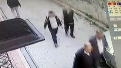 yasli adam -  Film senaryolarını aratmayan yöntemle soygun yapan çete kamerada