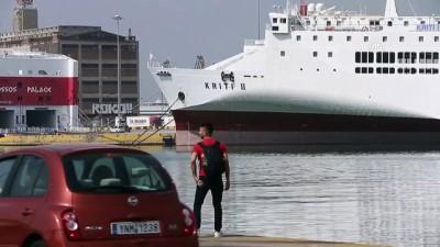 Yunanistan'da denizciler greve gitti - ATİNA
