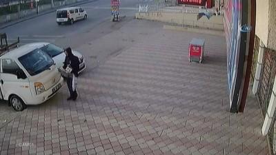 Başkent'te hırsızlık zanlısı baba oğul kıskıvrak yakalandı